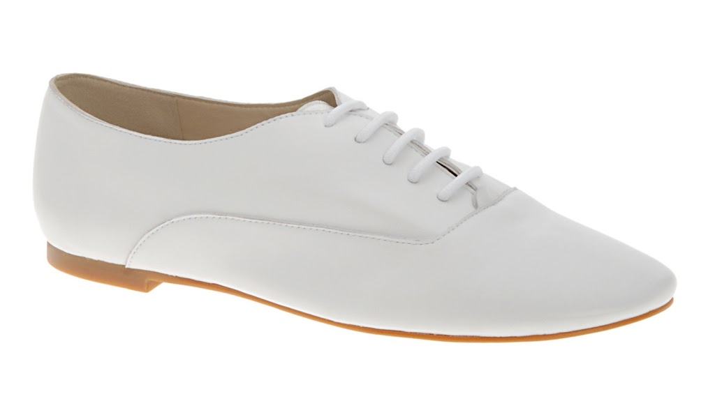 46e507b859a I have been drooling over Repetto s classic jazz shoe for ages now. My  fiancé has them and I m a little jealous. At over  300 they are almost the  same price ...