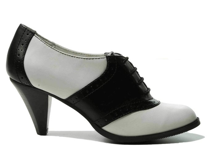 "5b92f982142 Shoe Wednesdays  Bass ""Glenbrook"" Oxford – Anya Georgijevic"