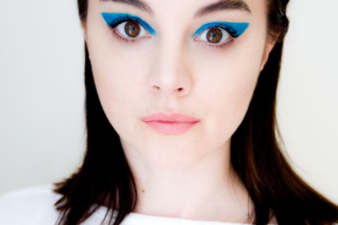 anya_blue_1-2-2_680