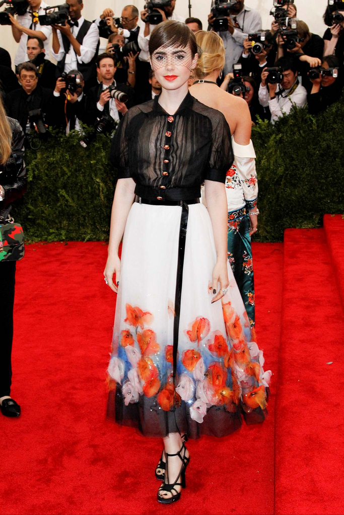 MET Gala Lily Collins in Chanel